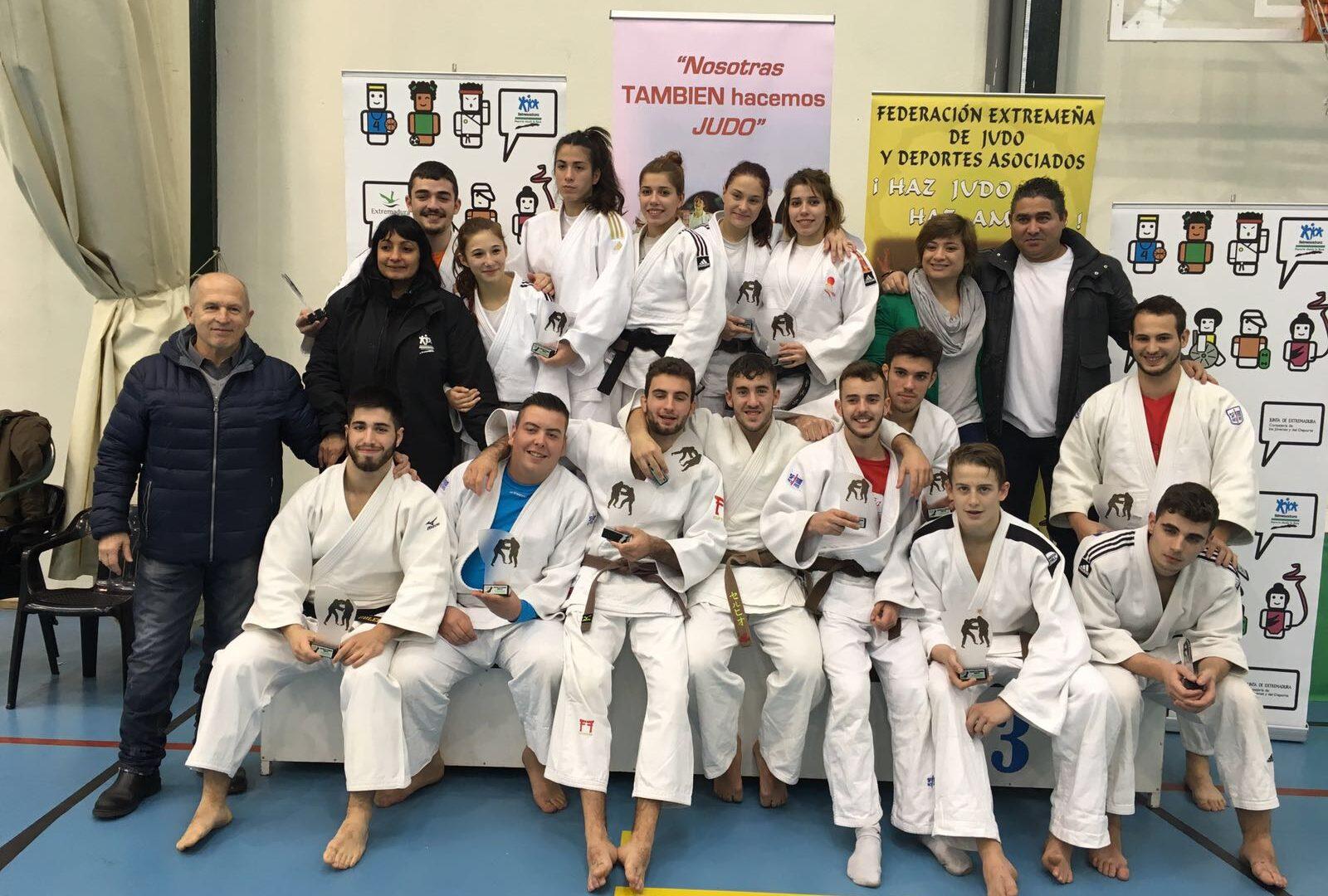 Convocatorias becas CNTD Cáceres Temporada 2020-2021